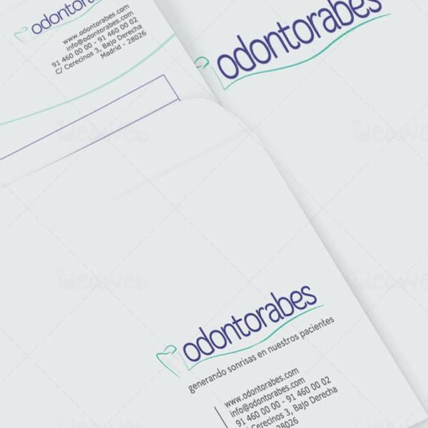 Diseño de logotipo para clínicas dentales en Madrid